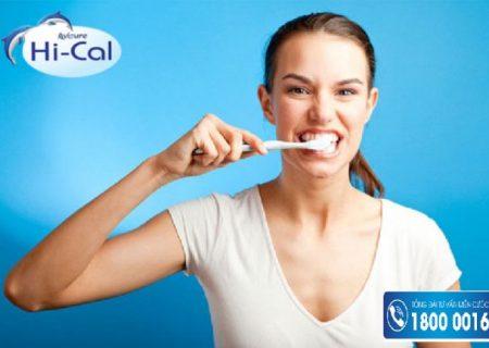 Mẹ thắc mắc sau sinh bao lâu thì được đánh răng?